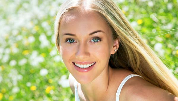 cosmetic dental teeth whitening and veneers